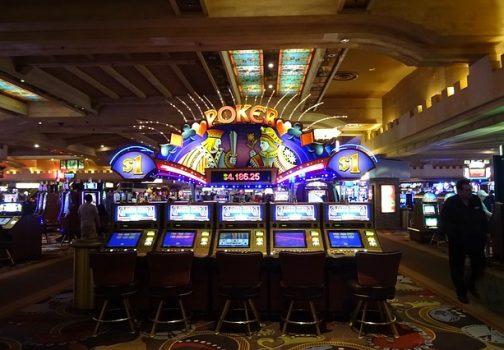 la découverte de Las Vegas, la capitale mondiale des casinos et du poker